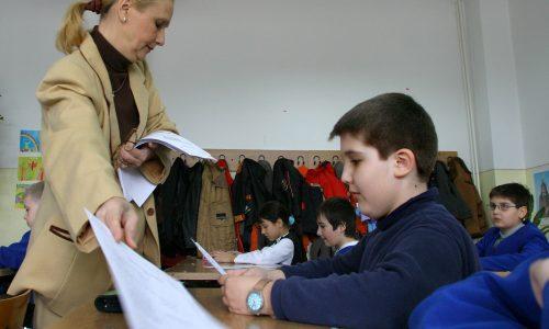 Astăzi încep evaluările naționale de la finalul claselor a VI-a, a IV-a și II-a